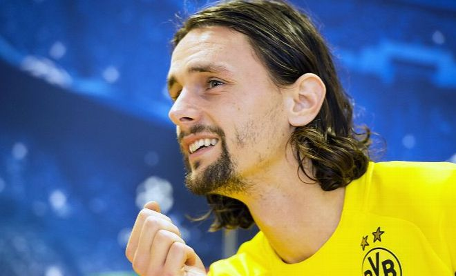 Neven Subotic agrees new Borussia Dortmund contract. [ESPN FC]