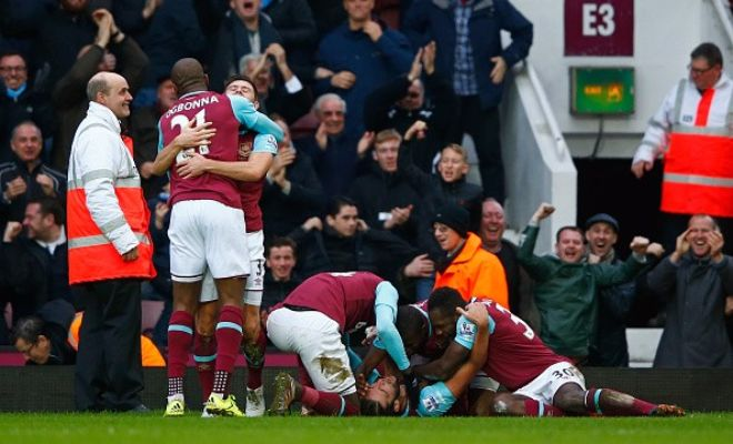 West Ham romped to a convincing win over Liverpool at home, as goals from Michail Antonio and Andy Carroll gave the Hammers a 2-0 win over the Reds. Christian Benteke had a very poor game, missing a number of chances for the visitors, as Liverpool barely mustered any competition.