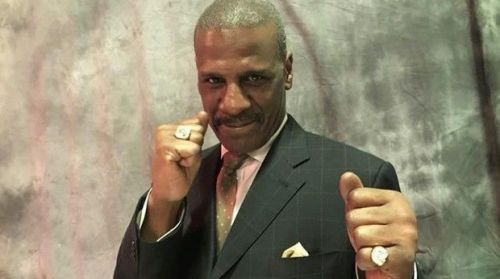 Spinks fought a technical fight to outwork Holmes.
