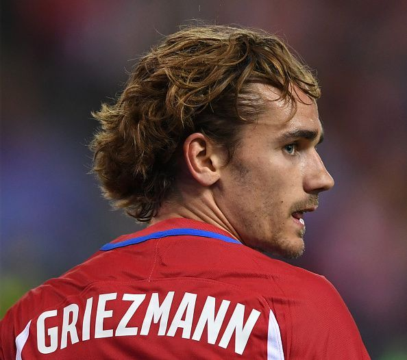 Man United transfer round-up  Griezmann becomes available in January ... 0f32896e5