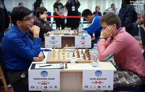Kovalyov (right) had defeated Vishy Anand in the second round