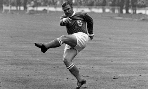 A truly great player of his time. A LEGEND. Ferenc Puskas