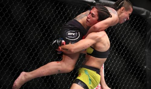 Jessica Andrade and Claudia Gadelha put on an all-time-great fight for fans in Japan.
