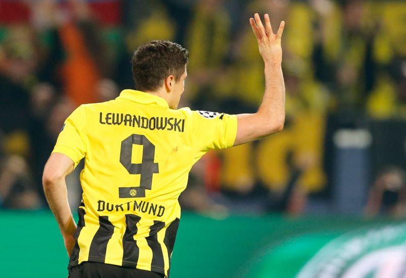 Lewandowski celebrating his 4th goal against Real Madrid