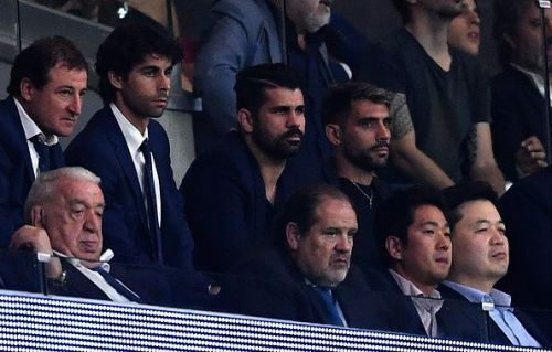 Costa looks on as Chelsea score a late winner against Atletico at the Metropolitano