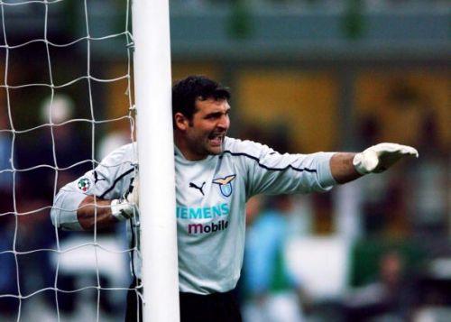 Angelo Peruzzi of Lazio in action