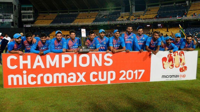 A jubilant Indian team after beating Sri Lanka
