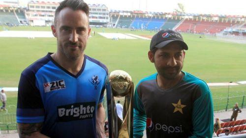 Faf du Plessis and SarfarazAhmed unveil the trophy