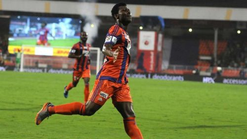 Kalu Uche played for FC Pune City in the 2015 season