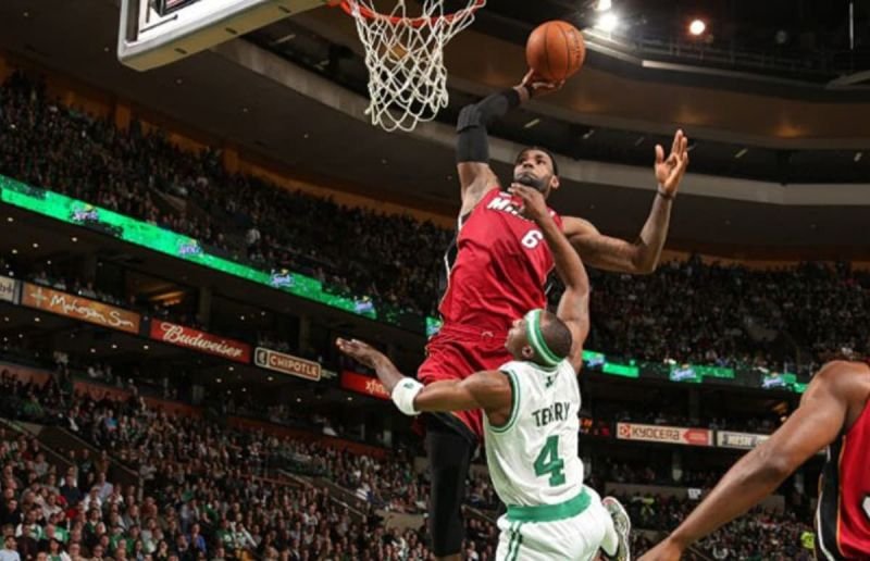 NBA: Top 5 posterizing dunks of all time
