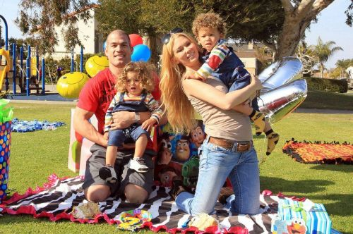 This picture of Tito Ortiz and his twins was taken back when he and Jenna Jameson were in a relationship.
