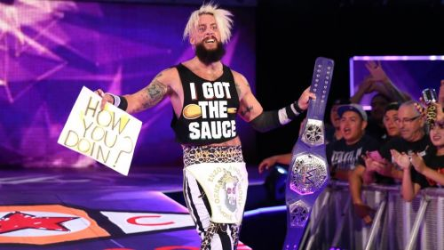 Enzo Amore wins the Cruiserweight title