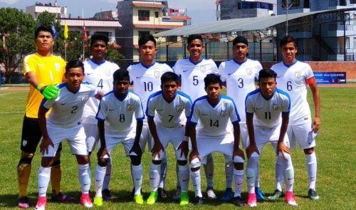 India U16 football team.jpg