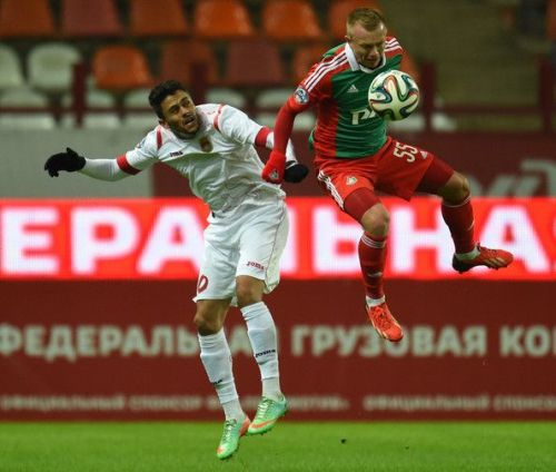 Marcinho (L) has played in Russia