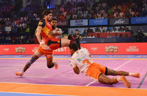 Defences dominated in the Bulls-Paltan encounter