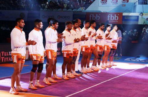 Puneri Paltan line up