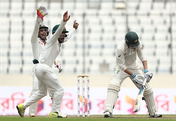 Handscomb has the tendency to camp on the back-foot