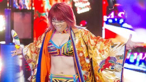 Should The Empress of Tomorrow lose her main roster debut match?