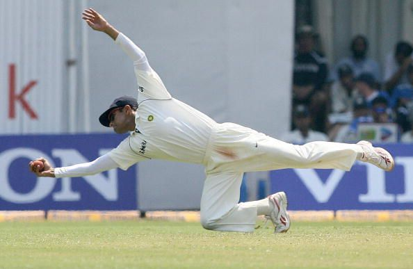 5 best onehanded catches in test cricket