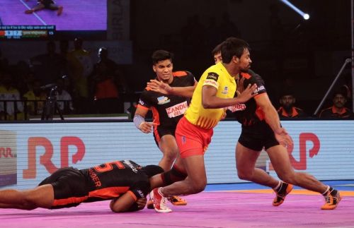 In the absence of Hegde, Ranjit stepped up and got his team crucial raid points