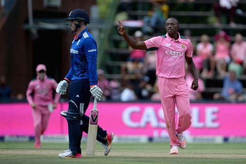 South Africa v England - 4th Momentum ODI