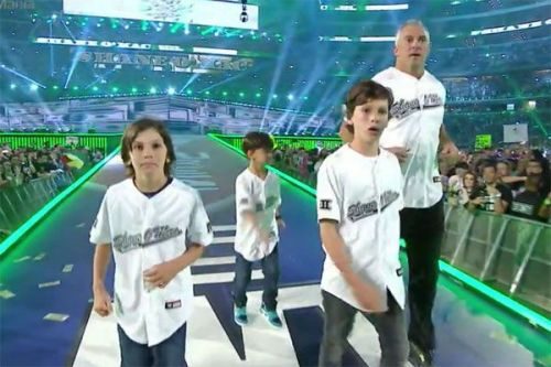 Shane McMahon's WWE Hell In a Cell 2017 entrance with his children