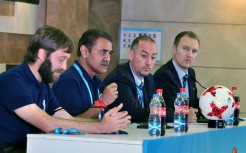 Javier Ceppi, Praful Patel, Jaime Yarza at the press conference