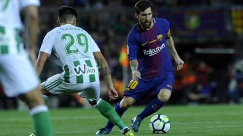 Valverde reassigns Messi to the False 9 role