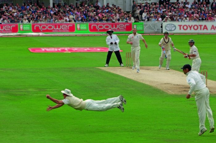 Image result for Andrew Strauss ashes fielding