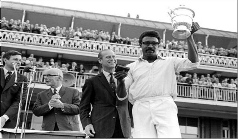 Clive Lloyd with the 1975 World Cup trophy.