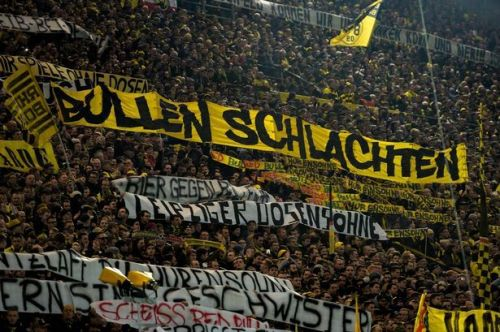 BVB's Yellow Wall with provocative messages aimed at Leipzig