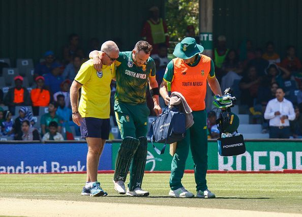 Faf was carried off the field when he was batting on 91