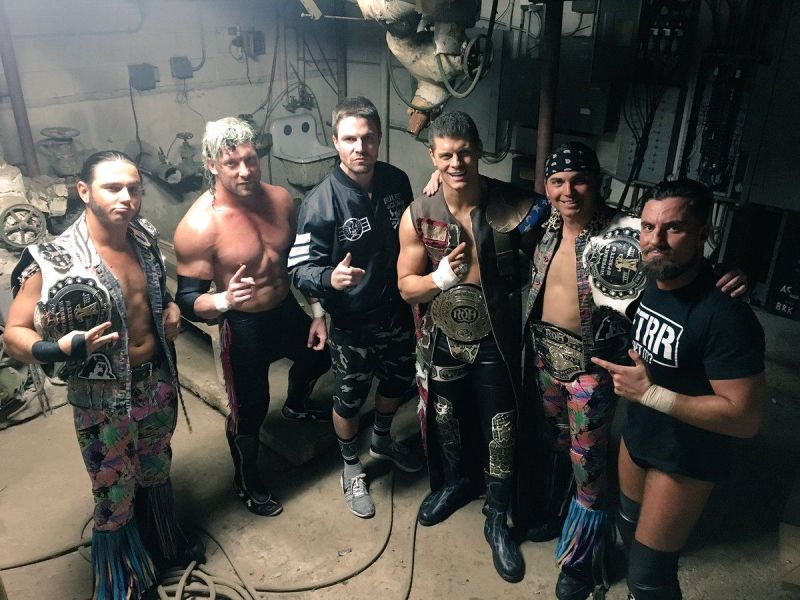 Stephen Amell is the Bullet Club