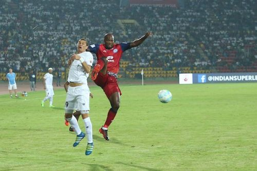Andre Bikey's foul on Seiminlen Doungel that got him the red card. (Image: ISL)