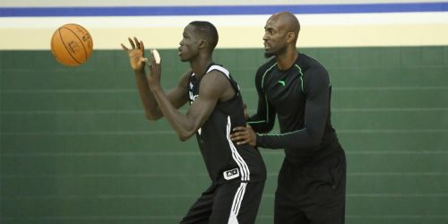 Thon Maker at practice with Kevin Garnett.