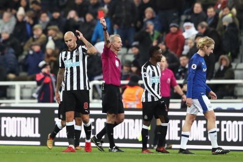 Shelvey's stupid red card was the last act of a terrible game for the Toon army