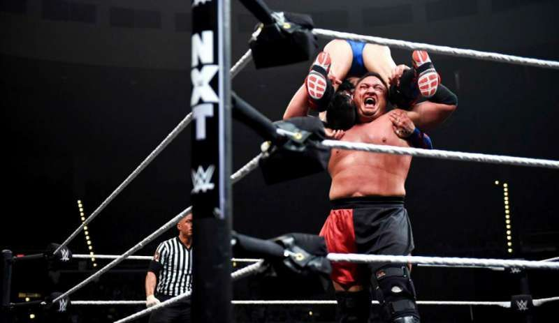 4 WWE superstars whose finishers have been banned