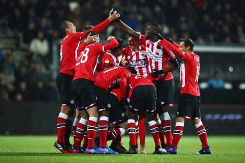 Heracles Almelo v PSV Eindhoven - Eredivisie