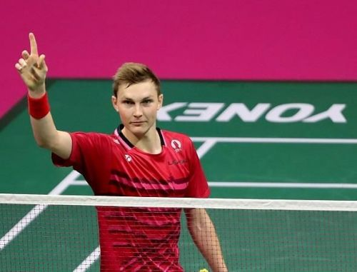 World No. 1 Viktor Axelsen ridiculed BWF for the new service rule, saying that its