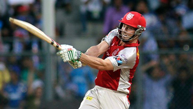 Shaun Marsh in action.