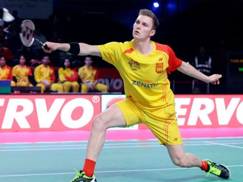 Viktor Axelsen playing against Delhi Dashers