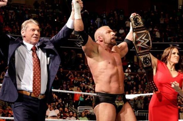 Triple H eliminated Dean Ambrose to win the WWE Championship at the 2016 Royal Rumble