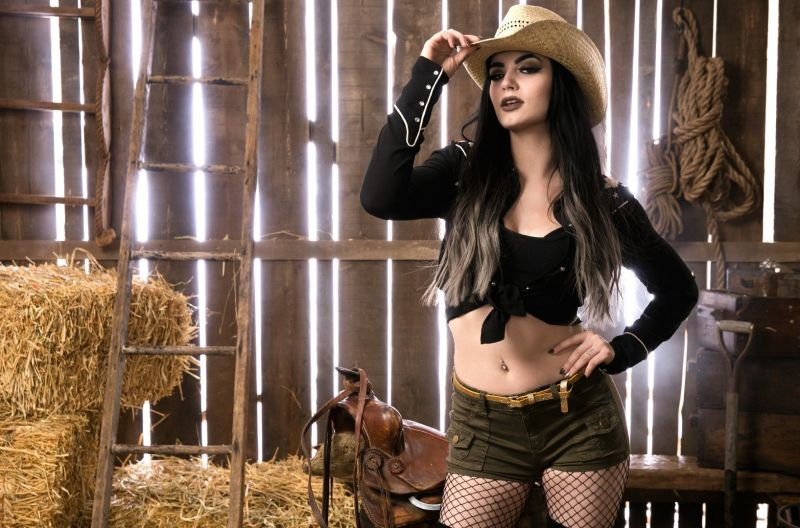 WWE News: Paige responds to being called