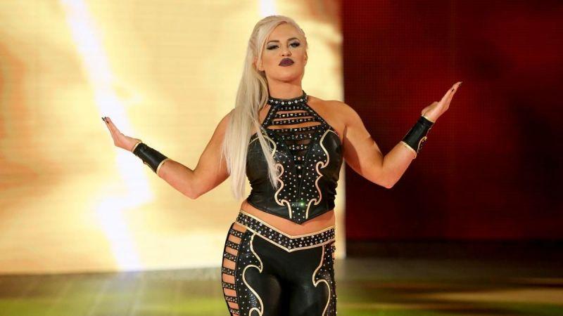 Dana Brooke stood tall over Nia Jax, Tamina, and Ember Moon on this week
