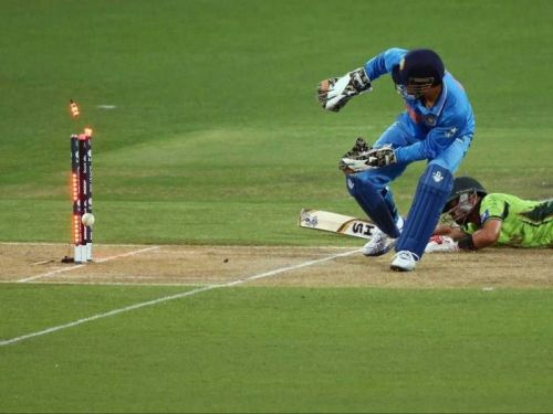 Dhoni – A maestro behind and close to the stumps.