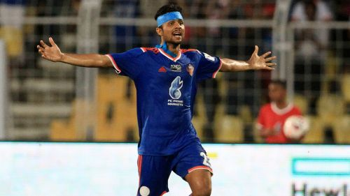 Keenan Almeida is reported to be in talks with the Pune Side.