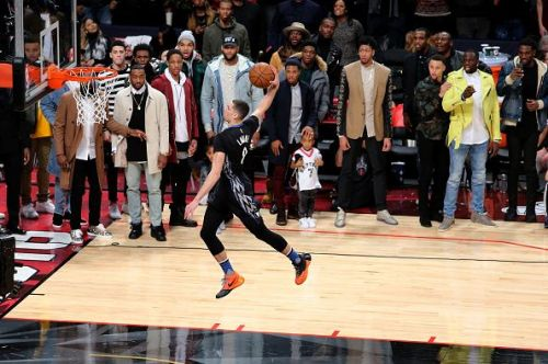 LaVine with a between-the-legs dunk from the free throw line at the 2016 Slam Dunk Contest