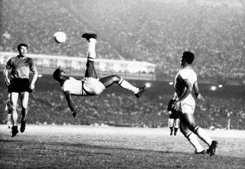 Pele made the bicycle kick famous