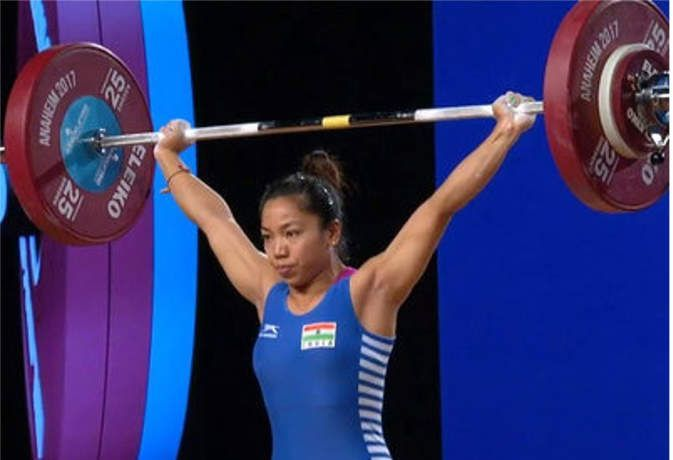 Mirabai Chanu during her record breaking attempt