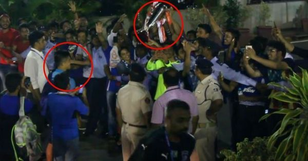 Sunil Chhetri hands over the Super Cup trophy to fans. (Photo: Screengrab)